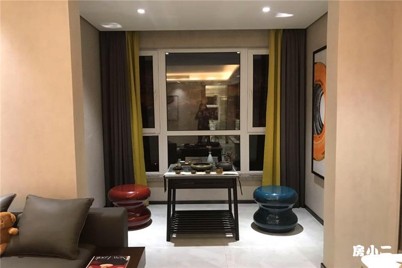 119平3室2厅2卫 客厅